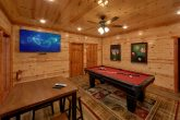 Luxury Cabin with Pool Table and WiFi