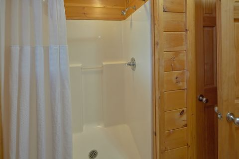 Cabin King Bedroom with Jacuzzi and Private bath - A Smoky Mountain Experience