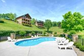 Cabin with wooded view and pool access