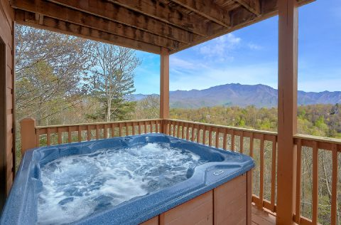 5 Bedroom Gatlinburg Cabin with Private Hot Tub - A Spectacular View to Remember