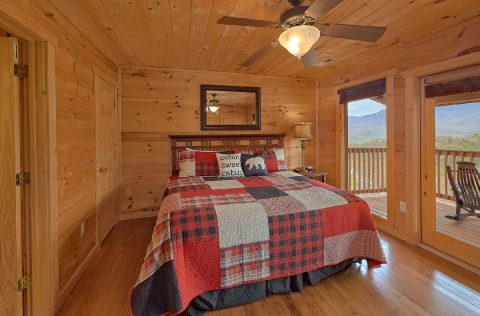 Premium Cabin with fireplace in Master Bedroom - A Spectacular View to Remember