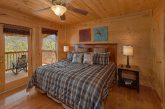 Premium Gatlinburg Cabin with King Master Suite