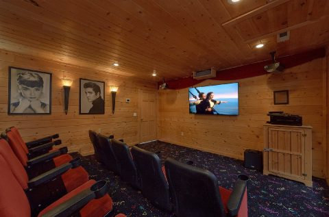 Premium Gatlinburg Cabin with Theater Room - A Spectacular View to Remember