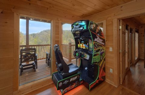 5 Bedroom cabin with Race Car Arcade Game - A Spectacular View to Remember