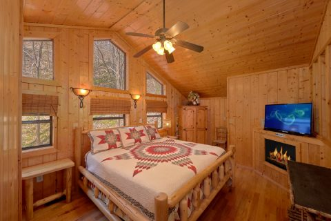 Luxury cabin with 5 King Bedrooms - A Stunning View