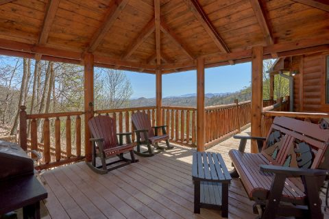 Premium Cabin with Rocking Chairs and Hot Tub - A Stunning View