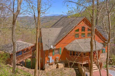 Premium 5 bedroom cabin in Shagbark Resort - A Stunning View