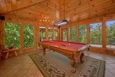 3 bedroom cabin with Pool Table and View