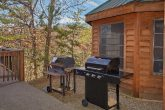 Gas and Charcoal Grills 5 Bedroom Cabin