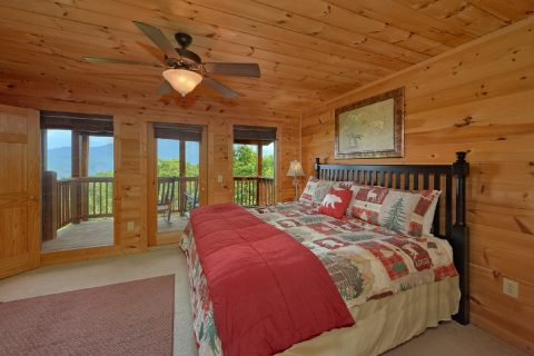 5 bedroom cabin with Private Master Suite - A View From Above