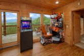 5 bedroom cabin with Race Car Driving Arcade