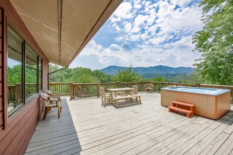 Featured Property Photo - A View of Paradise