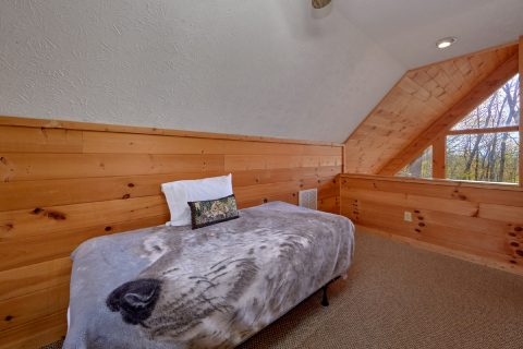 Twin Bed in Loft Sleeps 7 - A Wolf's Den