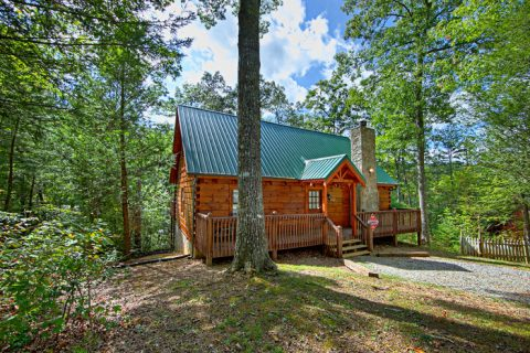 Featured Property Photo - A Woodland Hideaway
