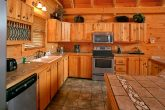 5 Bedroom Luxury Cabin with Full Kitchen