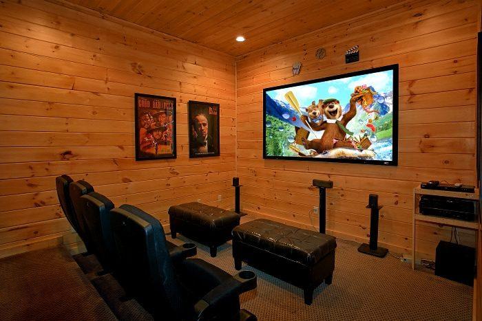 Premium Theater room cabin in 5 Bedroom Cabin - Above The Smokies