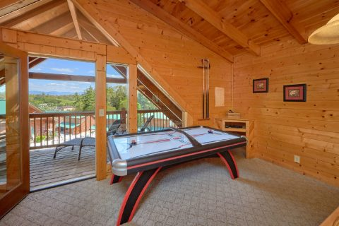 Cabin with Air Hockey game and pool table - Absolute Delight