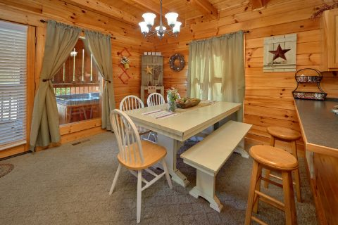 Cabin with Dining Room - Absolute Delight