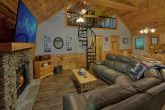 2 Bedroom Cabin Near Pigeon Forge with Fireplace