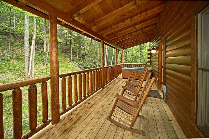 Cabin with Back Deck in Gatlinburg - Adler's Ridge