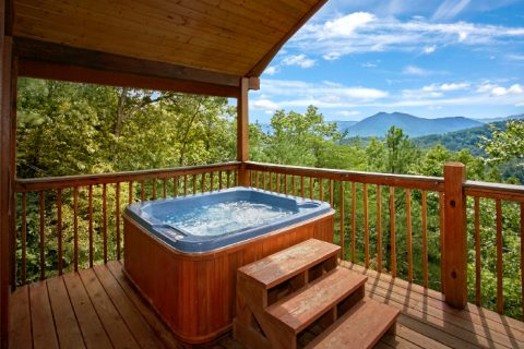 Honeymoon Cabin with Private Hot Tub and View - Ain't No Mountain High Enough
