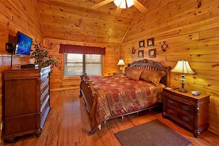 Cabin with Master Suite - Almost Heaven
