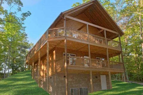 Pigeon Forge 3 Bedroom Cabin Sleeps 10 - Almost Paradise