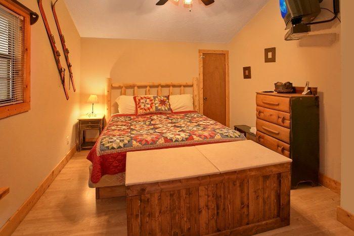 Cozy 2 Bedroom Cabin with 2 Bathrooms - Alpine Retreat
