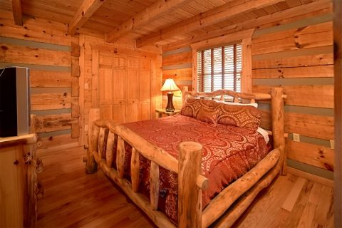 Luxurious Cabin with 2 Bedrooms - Altitude Adjustment