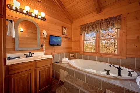 Premium Cabin with Indoor Jacuzzi Tub - Altitude Adjustment