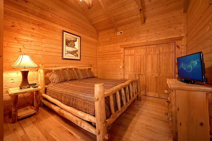 Premium 2 Bedroom cabin with 2 King Suites - Altitude Adjustment