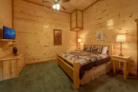 Luxury Cabin with King Bedroom and Full Bathroom - Amazing Grace
