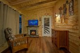 Pigeon Forge 2 Bedroom with Private Hot Tub