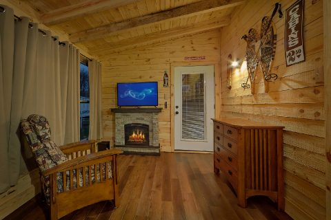 Pigeon Forge 2 Bedroom with Private Hot Tub - Amazing Grace II