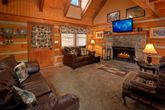 Pigeon Forge cabin with wood burning fireplace