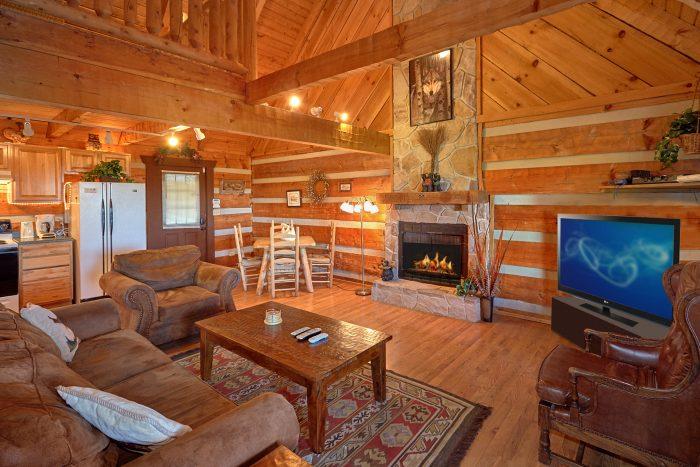Spacious 1 Bedroom Cabin Sleeps 6 - Amazing Sunset