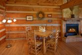 Gatlinburg 1 Bedroom Cabin Sleeps 6