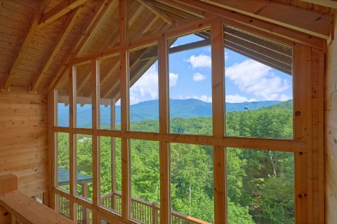 5 Bedroom cabin with View of the Smoky Mountains - Amazing Views to Remember