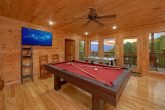 Luxury Cabin with pool table and Mountain Views