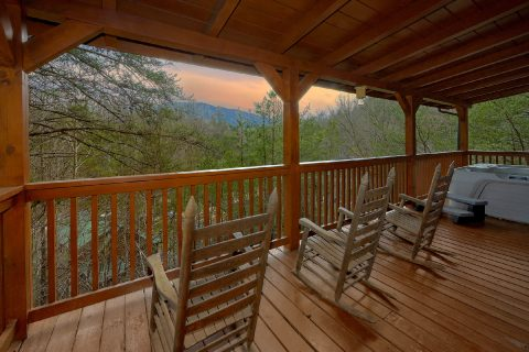 3 Bedroom Cabin with Covered Deck and Rockers - American Honey