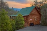 Gatlinburg 3 Bedroom 3 Bath Sleeps 8 Cabin