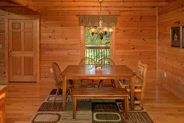 2 Bedroom Cabin with Spacious Dining Area - American Pie 2