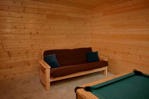 2 Bedroom Cabin with Game Room and Futon - American Pie 2