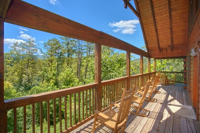 Cabin with Beautiful Wooded Views - American Pie 2