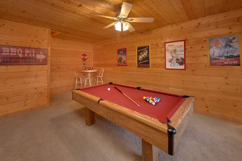 2 bedroom cabin with a Pool table - American Pie