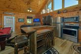 Honeymoon cabin with Full Kitchen