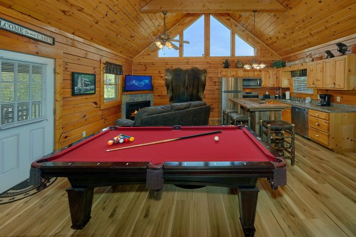 Premium Pigeon Forge Cabin with Pool Table - Angel Haven