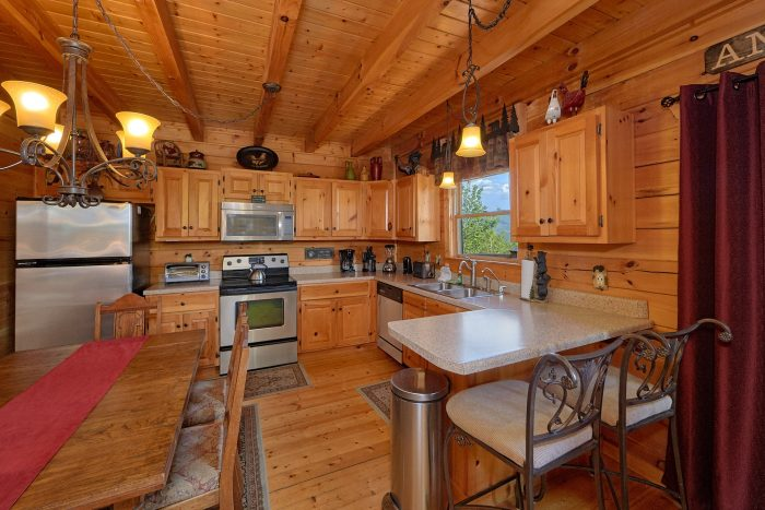 Luxury 2 Bedroom Cabin with Full Size Kitchen - Angel's Landing