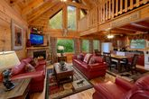 Luxury 2 bedroom cabin with Fireplace