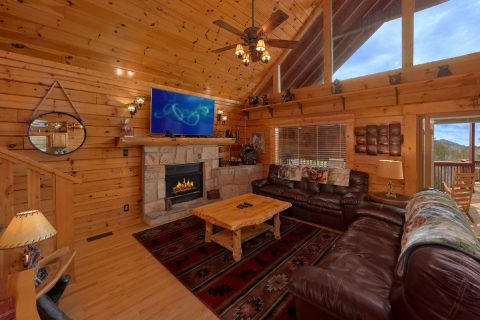 6 Bedroom Cabin in ArrownHead Ressort, Sleeps 14 - Arrowhead View Lodge